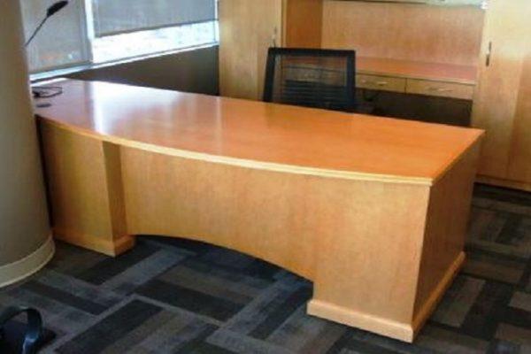 Break Front Bow Front Desk - Arched Mod. Panel
