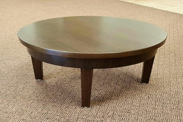 Veneer Table With Tapered Solid Wood Legs