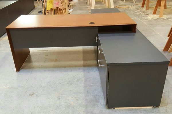 Single Bench Style Desk