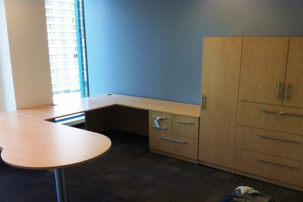P Top Desk / Wardrobe / Lateral & Storage