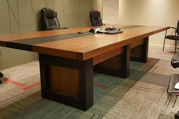 "1/4 Cut 60"" X 144"" Walnut Veneer Table With Black HP Laminate Inlay"