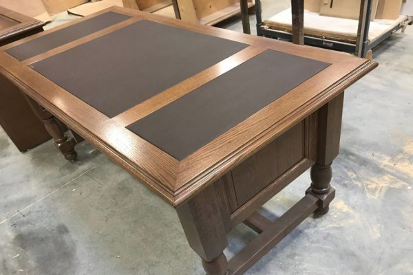 Traditional Executive Desk With Top Inlay Post Legs