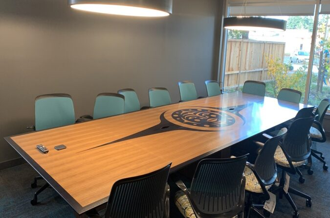 Anigre Veneer Inlay - 1/4 Cut Walnut Veneer Boardroom Table